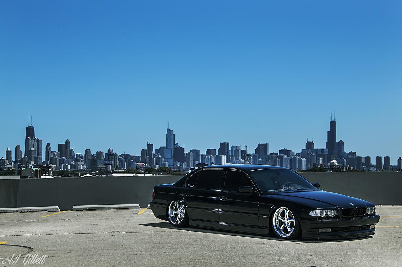Обои для рабочего стола BMW Чикаго город америка E38 Stance Небо машины Города БМВ США штаты авто машина Автомобили автомобиль город