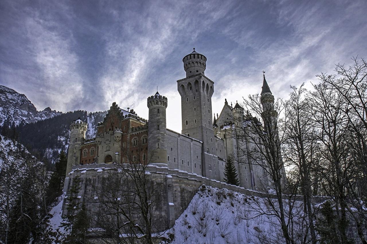 Картинка Бавария Нойшванштайн Германия Замки Небо Города город