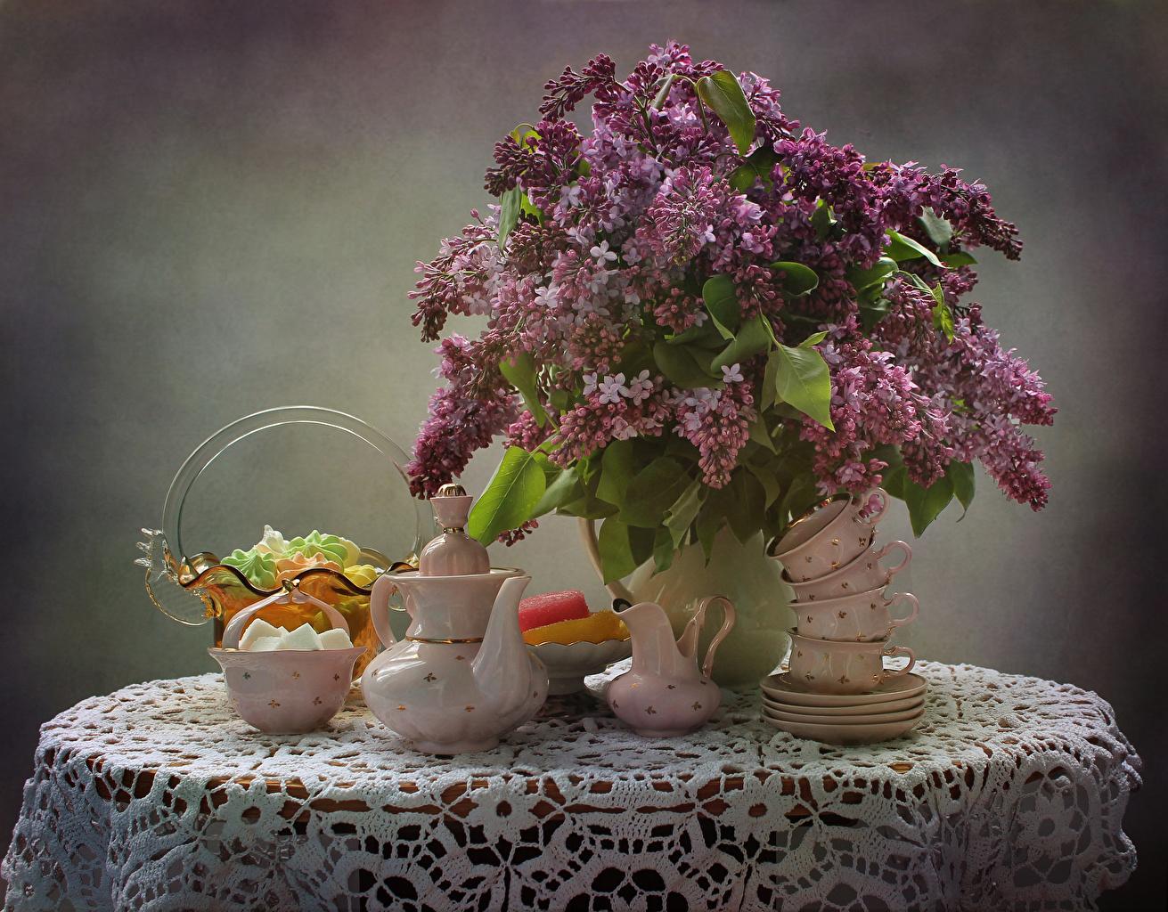 Картинка букет Цветы Чайник Сирень чашке Натюрморт Букеты цветок Чашка