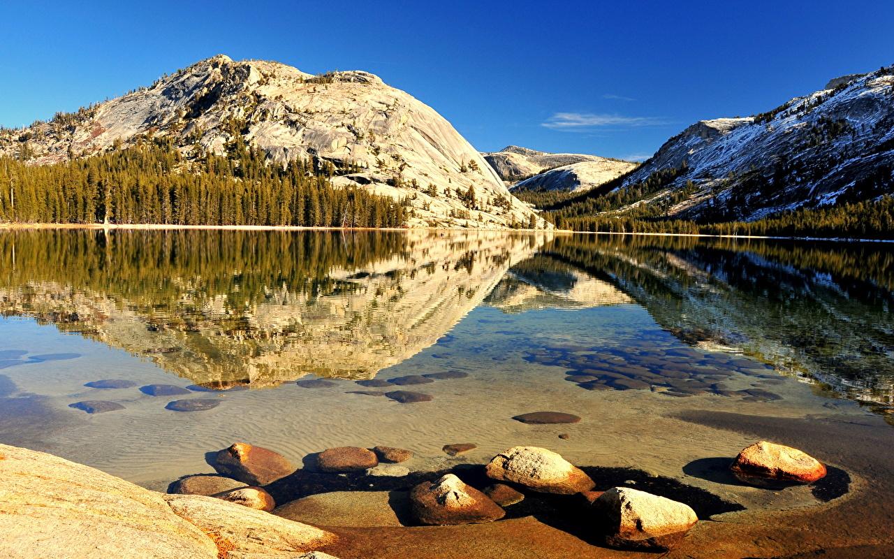 Обои для рабочего стола Горы Природа Озеро Пейзаж Камни гора Камень