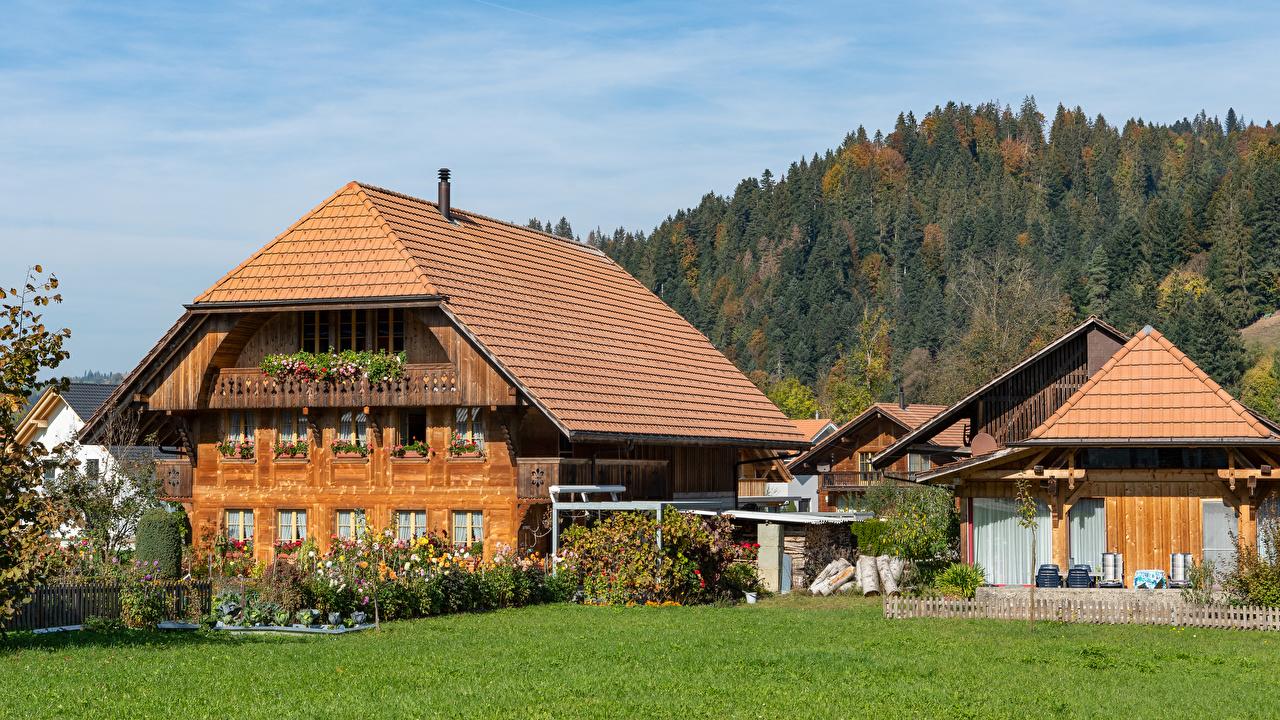 Картинка Швейцария Emmental Забор траве Дома Города ограда забора забором Трава город Здания