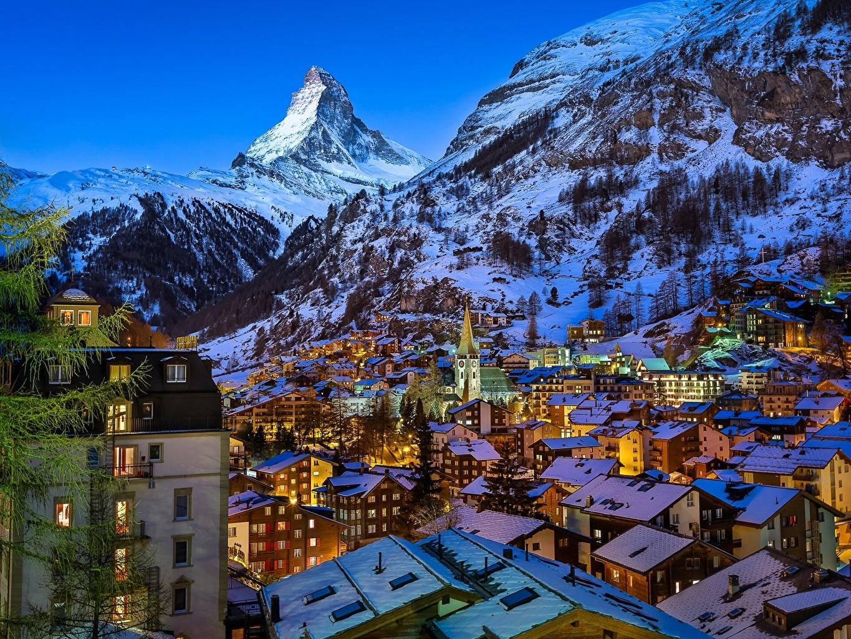 Обои для рабочего стола альп Швейцария Zermatt Valley, Matterhorn Peak, Swiss, Pennine Горы Ночные Здания Города Альпы гора Ночь ночью в ночи Дома город