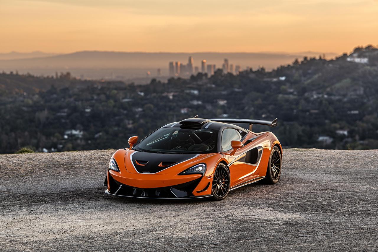 Фотографии McLaren 2021 620R оранжевая авто Металлик Макларен Оранжевый оранжевые оранжевых машина машины Автомобили автомобиль