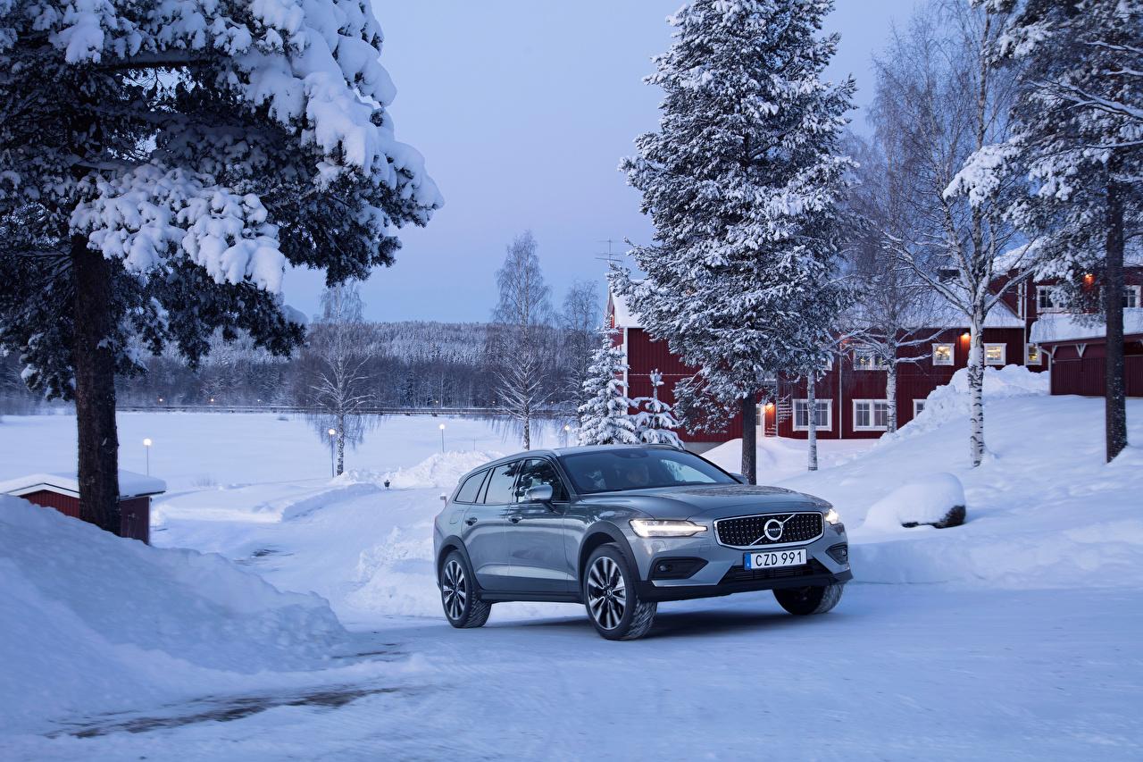 Фотография Volvo 2018-19 V60 T5 Cross Country Зима Металлик Автомобили Вольво зимние авто машина машины автомобиль