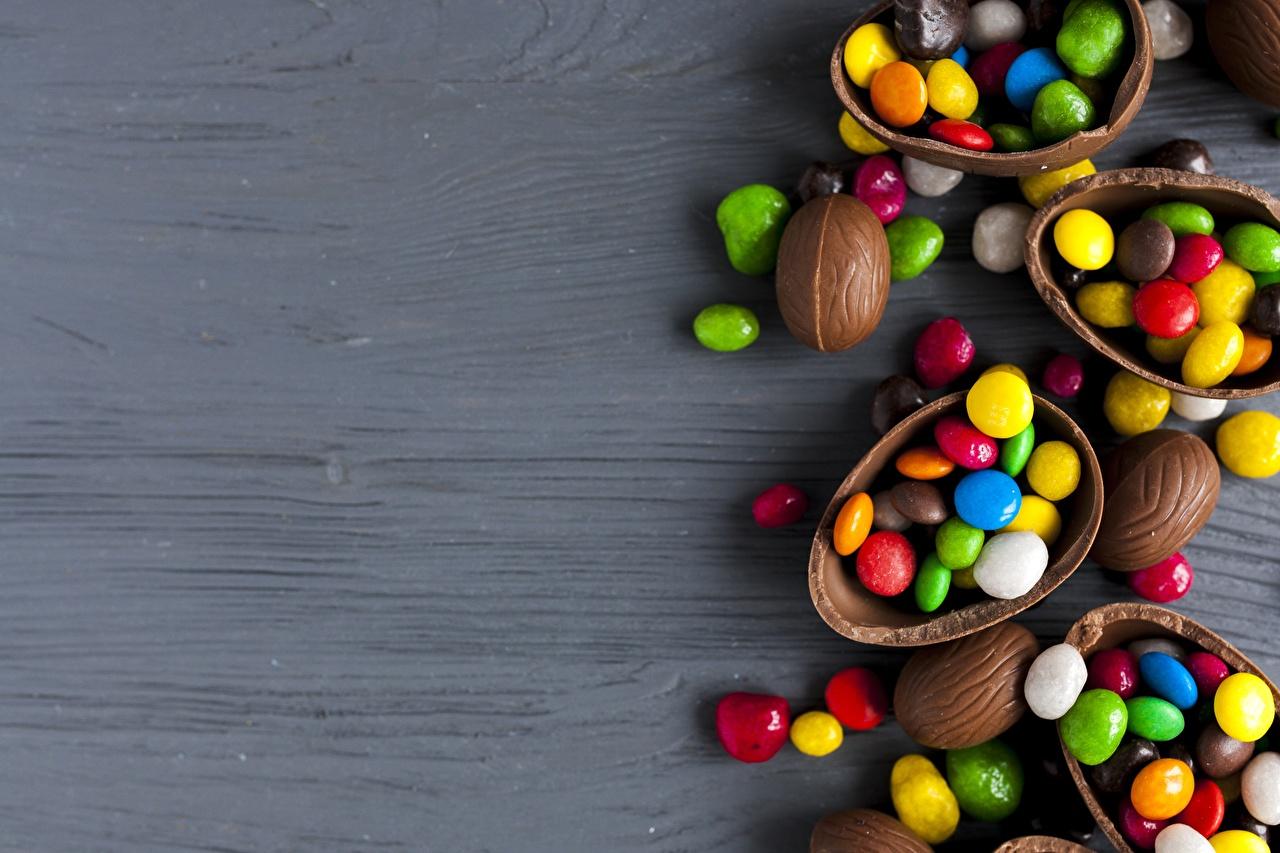 Картинки Яйца Шоколад Конфеты Пища яиц яйцо яйцами Еда Продукты питания