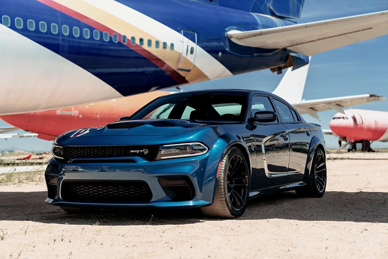 Картинка Dodge Charger Hellcat SRT 2020 синяя машина Додж Синий синие синих авто машины Автомобили автомобиль