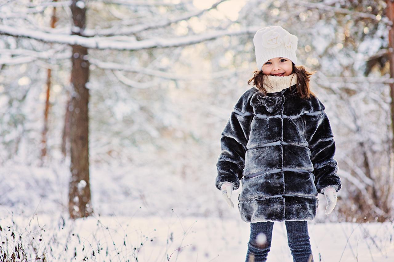 Фото Девочки Меховая одежда Дети Зима Шапки Шуба Ребёнок зимние