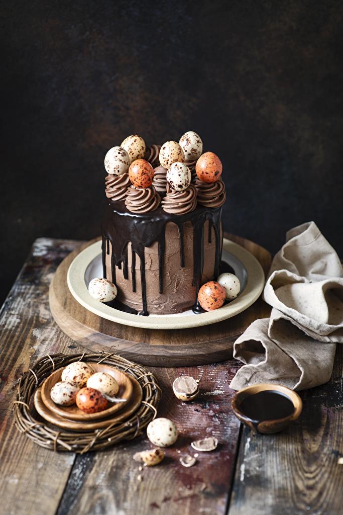 Картинка Пасха Яйца Шоколад Торты Пища Сладости Еда Продукты питания