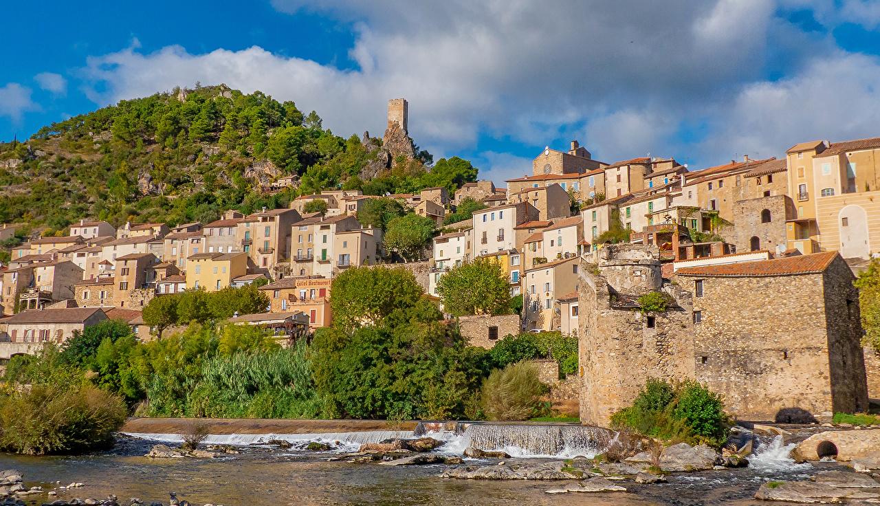Фотография Франция Roquebrun холм Побережье Здания Города Холмы холмов берег Дома город