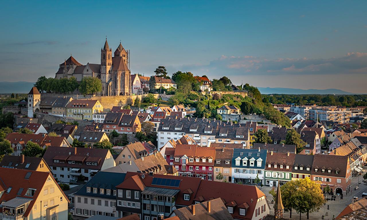 Фото Церковь Германия Breisach am Rhein крыше Храмы Дома город краши Крыша храм Здания Города