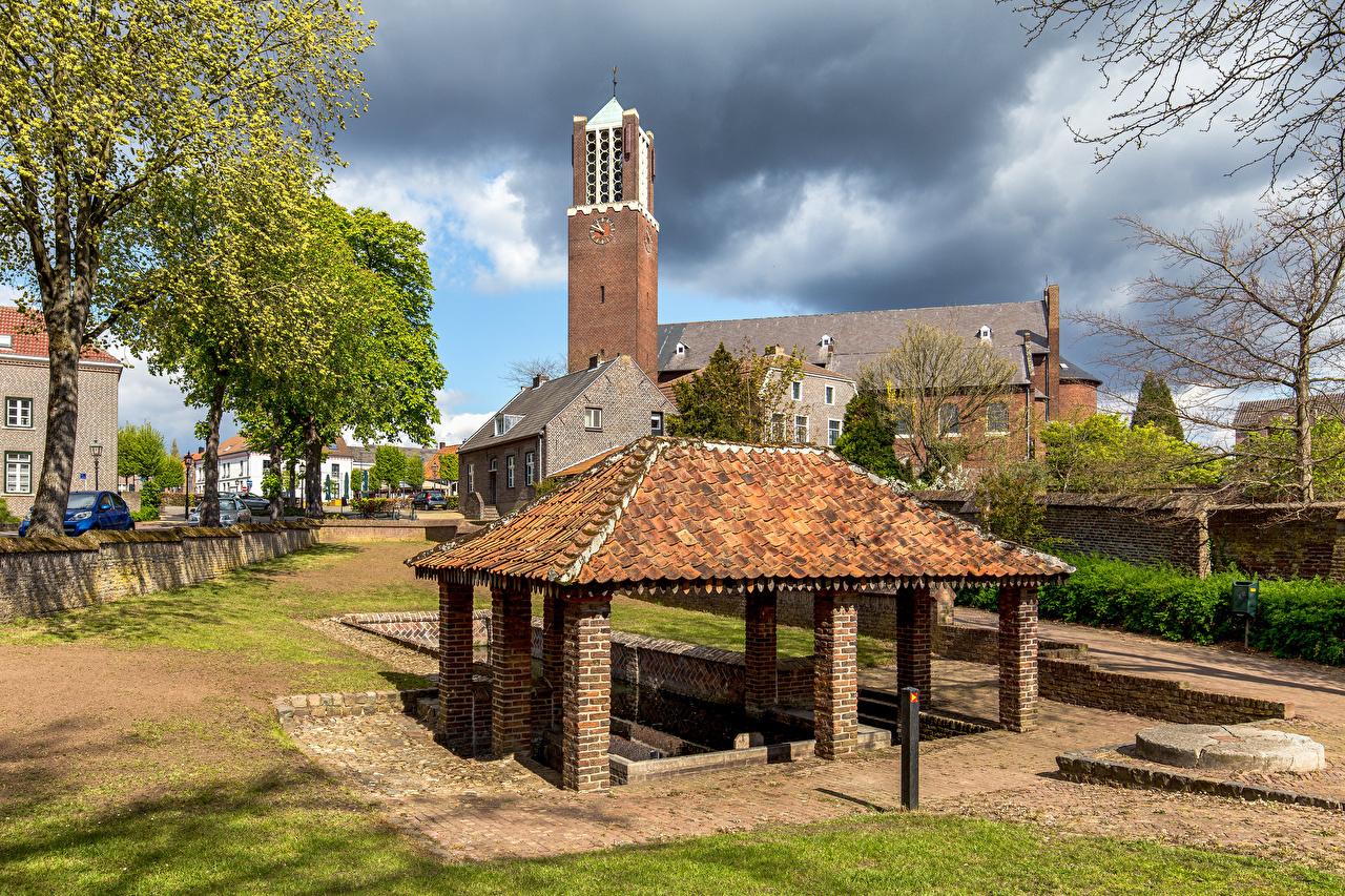 Картинка Церковь Нидерланды Baarlo, Wasplaats De Sprunk Дома Города голландия город Здания
