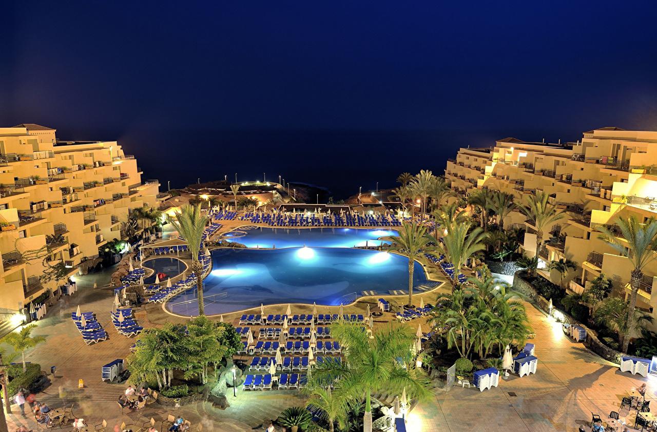 Фотография Канары Испания Курорты Плавательный бассейн Tenerife Вечер Дома Города канарские острова Бассейны город Здания