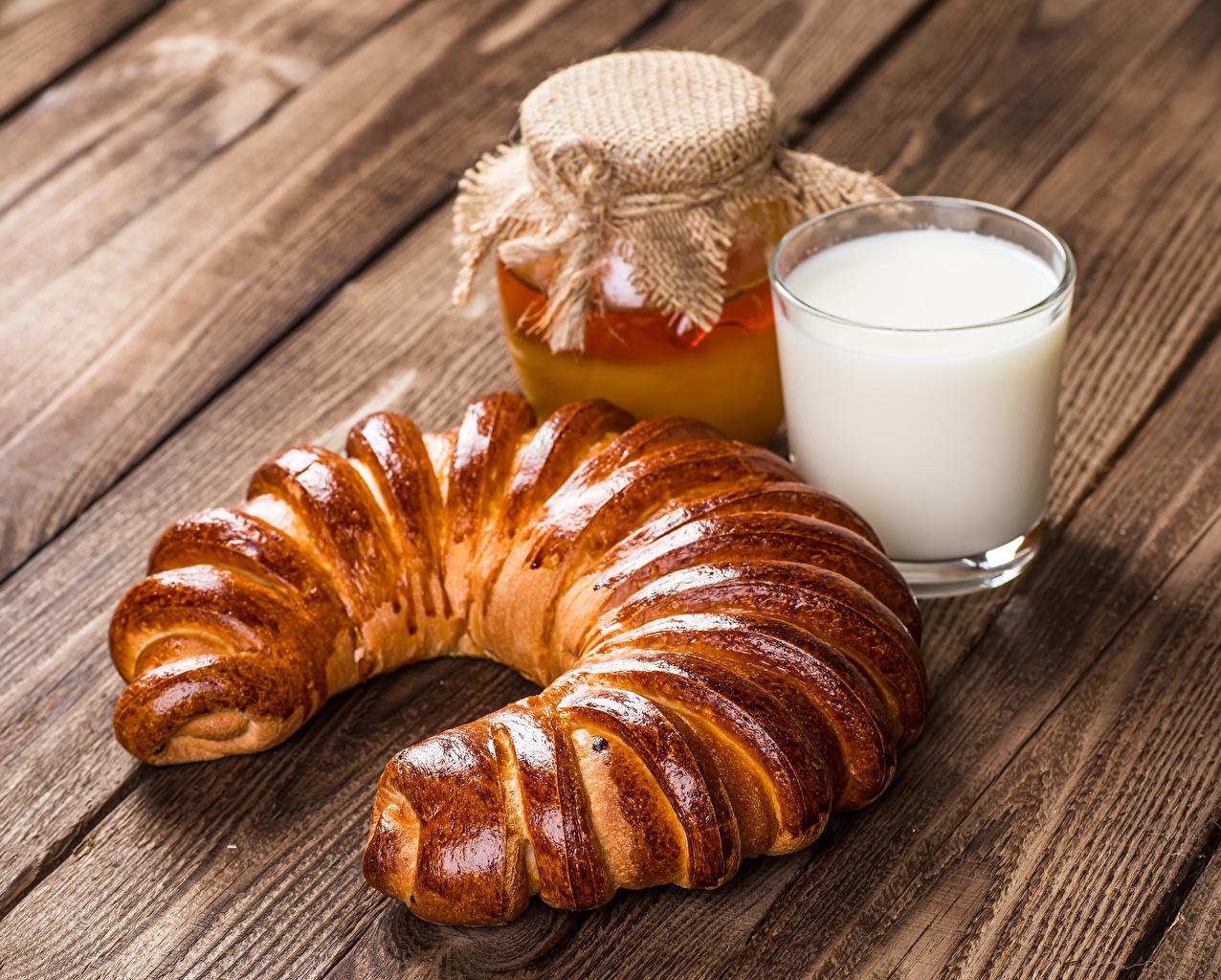 Картинки Молоко Мед Банка стакане Еда Выпечка Доски банке банки Стакан стакана Пища Продукты питания