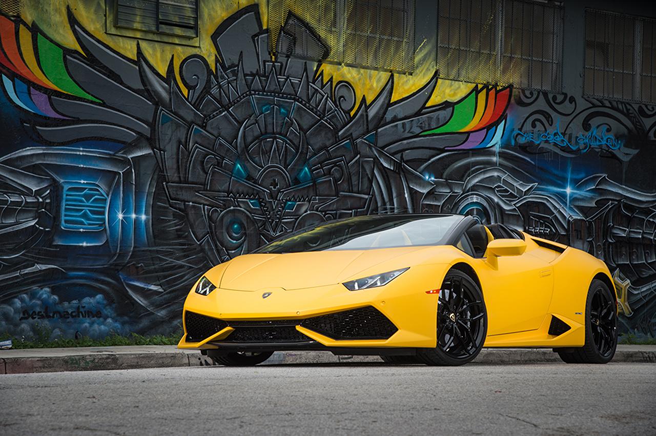 Фотография Ламборгини Huracan LP 610-4 желтые машина Lamborghini желтых Желтый желтая авто машины автомобиль Автомобили
