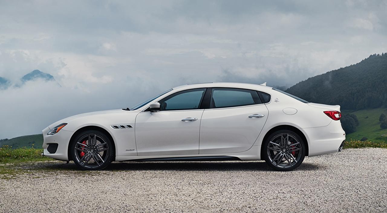 Обои для рабочего стола Maserati Quattroporte GTS, GranSport, US-spec, 2018, Luxury Седан белая авто Сбоку Мазерати Белый белые белых машина машины Автомобили автомобиль