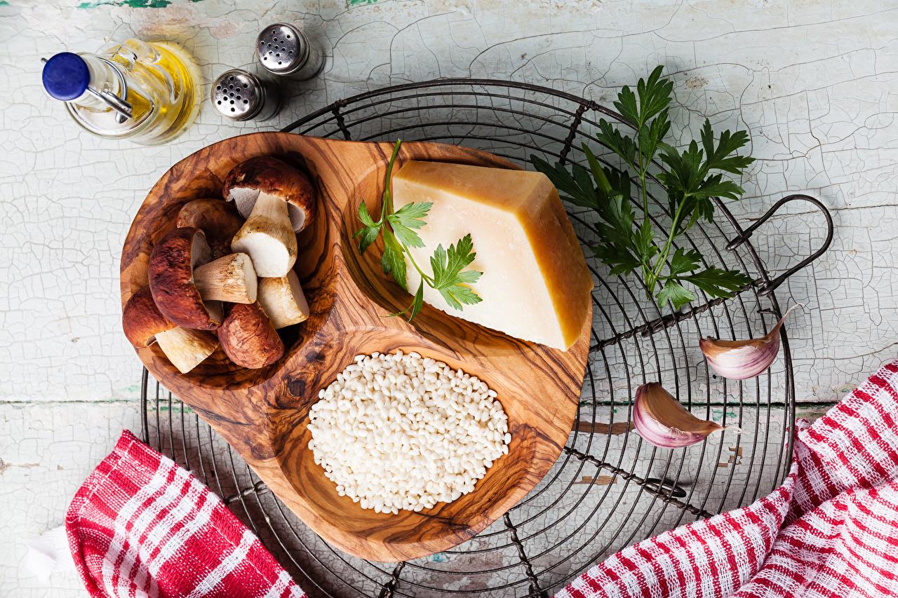 Обои для рабочего стола Сыры Грибы Чеснок Пища Специи Еда приправы пряности Продукты питания