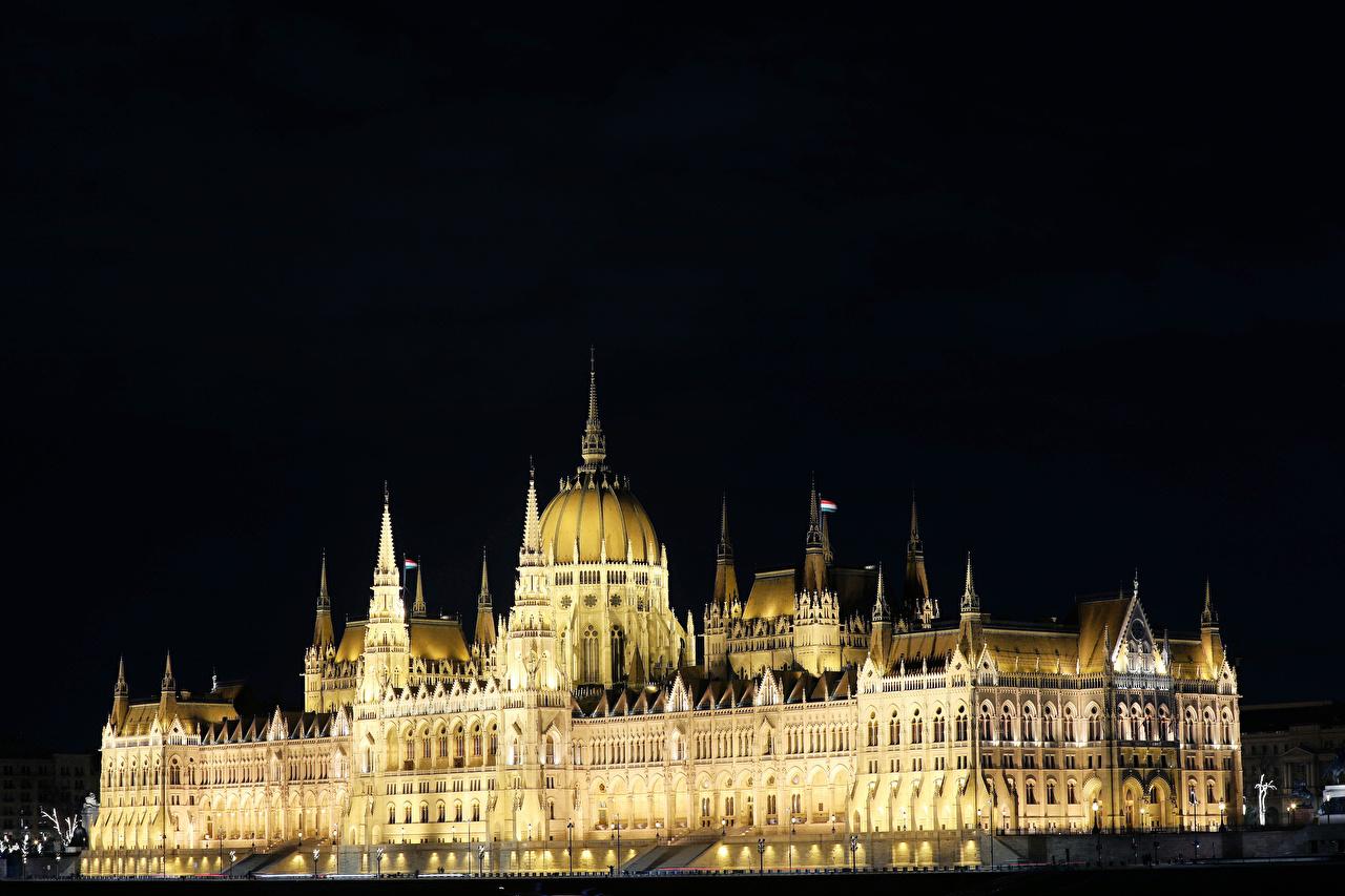 Обои для рабочего стола Будапешт Венгрия Hungarian Parliament в ночи город Здания Дизайн Ночь ночью Ночные Дома Города дизайна