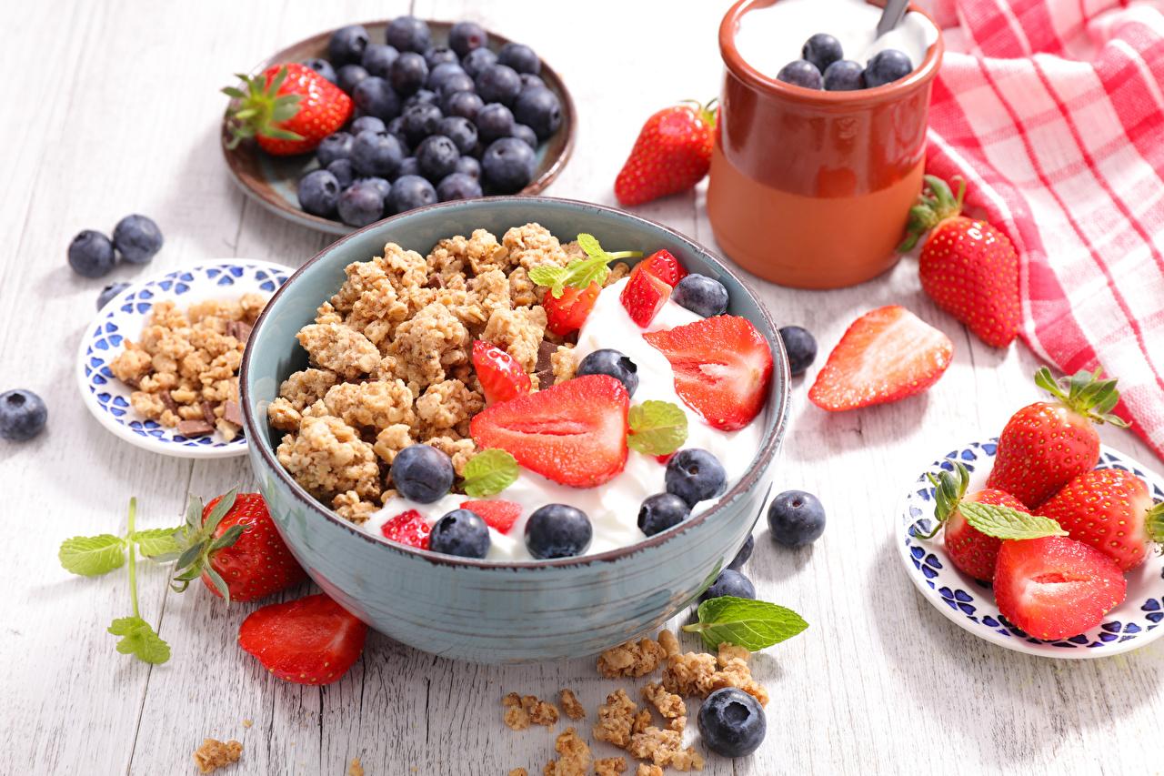 Картинка Завтрак Черника Клубника Мюсли Продукты питания Еда Пища