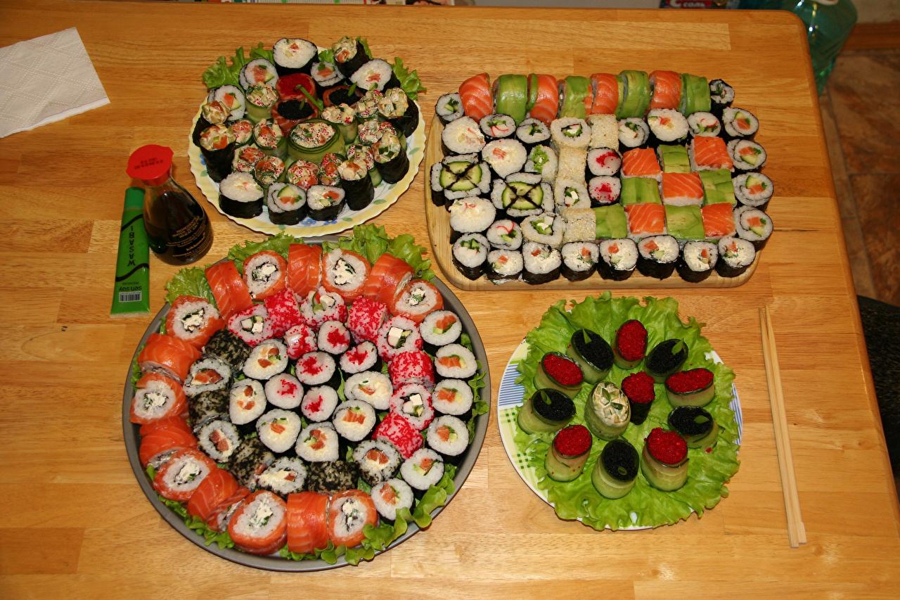 Фотография Икра суси Еда Много Суши Пища Продукты питания