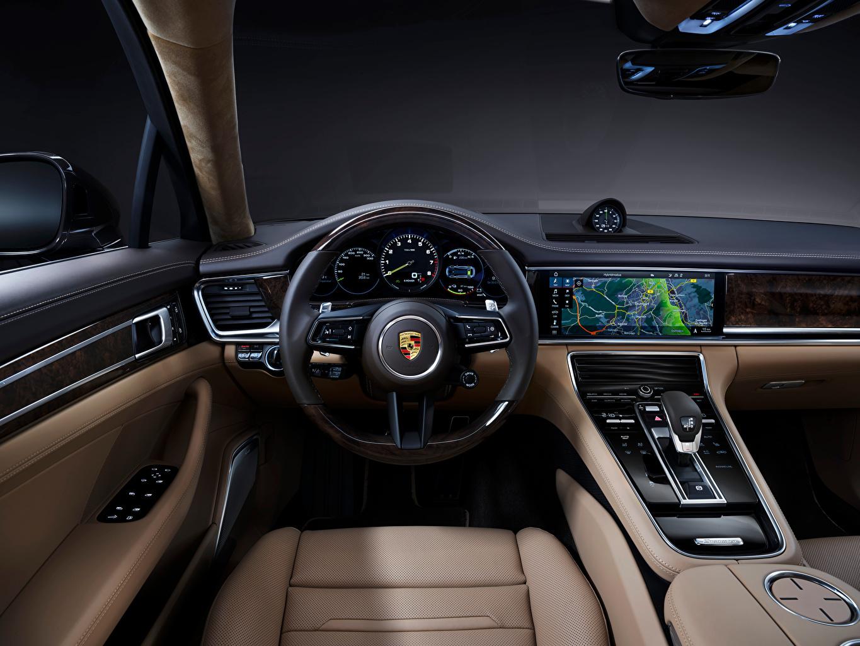 Картинка Porsche Салоны Рулевое колесо Panamera 4S E-Hybrid Executive, (971), 2020 автомобиль Порше Автомобильный руль авто машины машина Автомобили