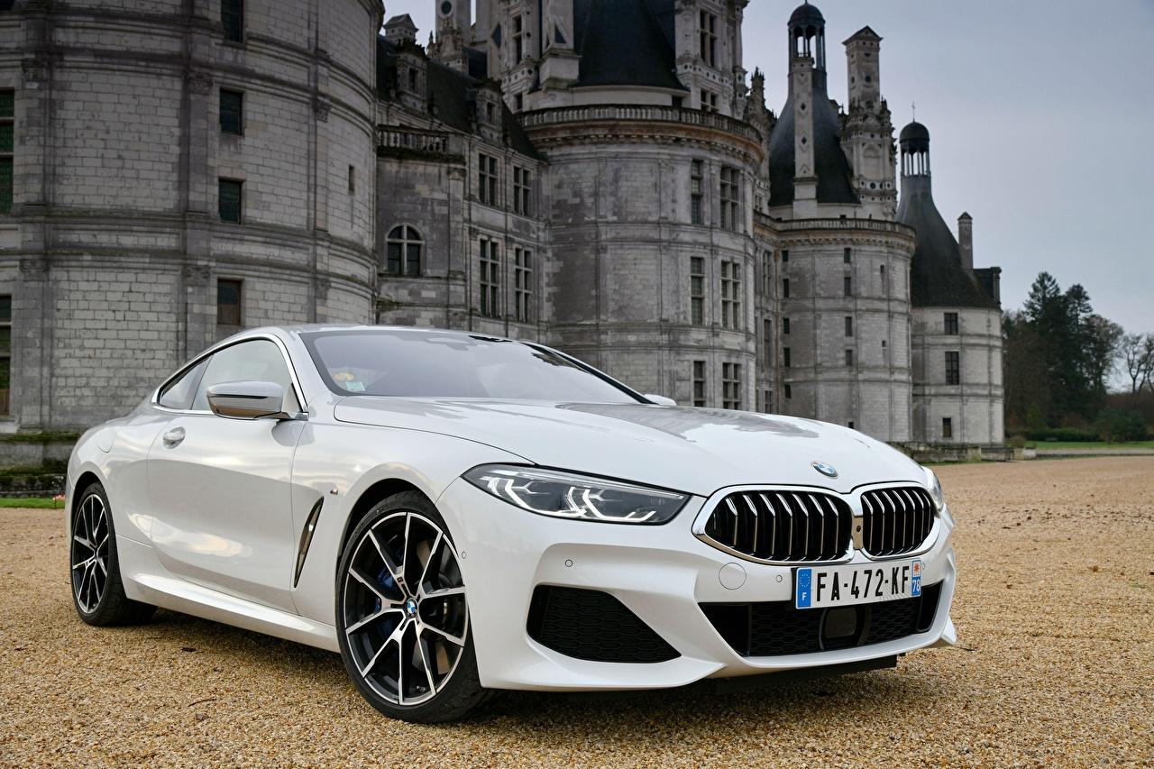 Обои для рабочего стола БМВ 840d xDrive M Sport 2018 Купе белые машина BMW белых Белый белая авто машины автомобиль Автомобили