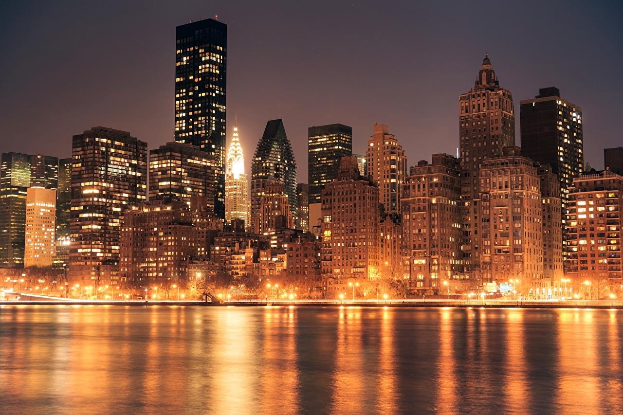 Фотография Нью-Йорк америка Manhattan Chrysler Building Ночные Небоскребы Здания Города США штаты Ночь ночью в ночи Дома город