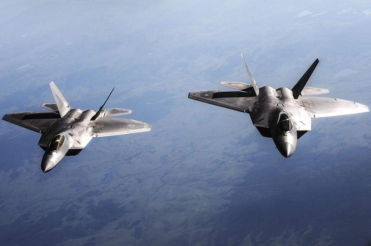 Фотографии Истребители Самолеты F-22 2 летит Авиация два две Двое вдвоем летят Полет летящий