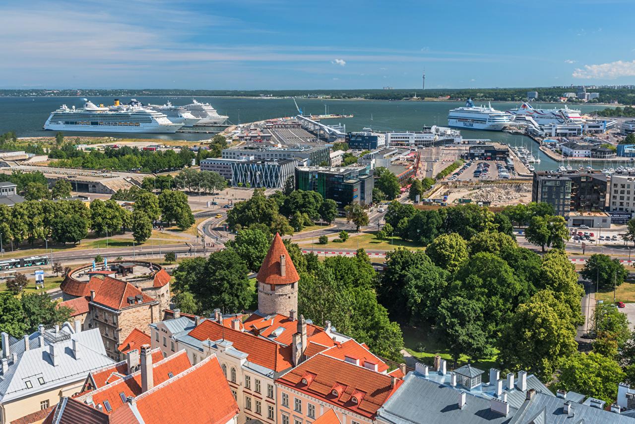 Картинки Таллин Эстония Круизный лайнер Tallinn Harbour Пирсы Здания Города Причалы Пристань Дома город