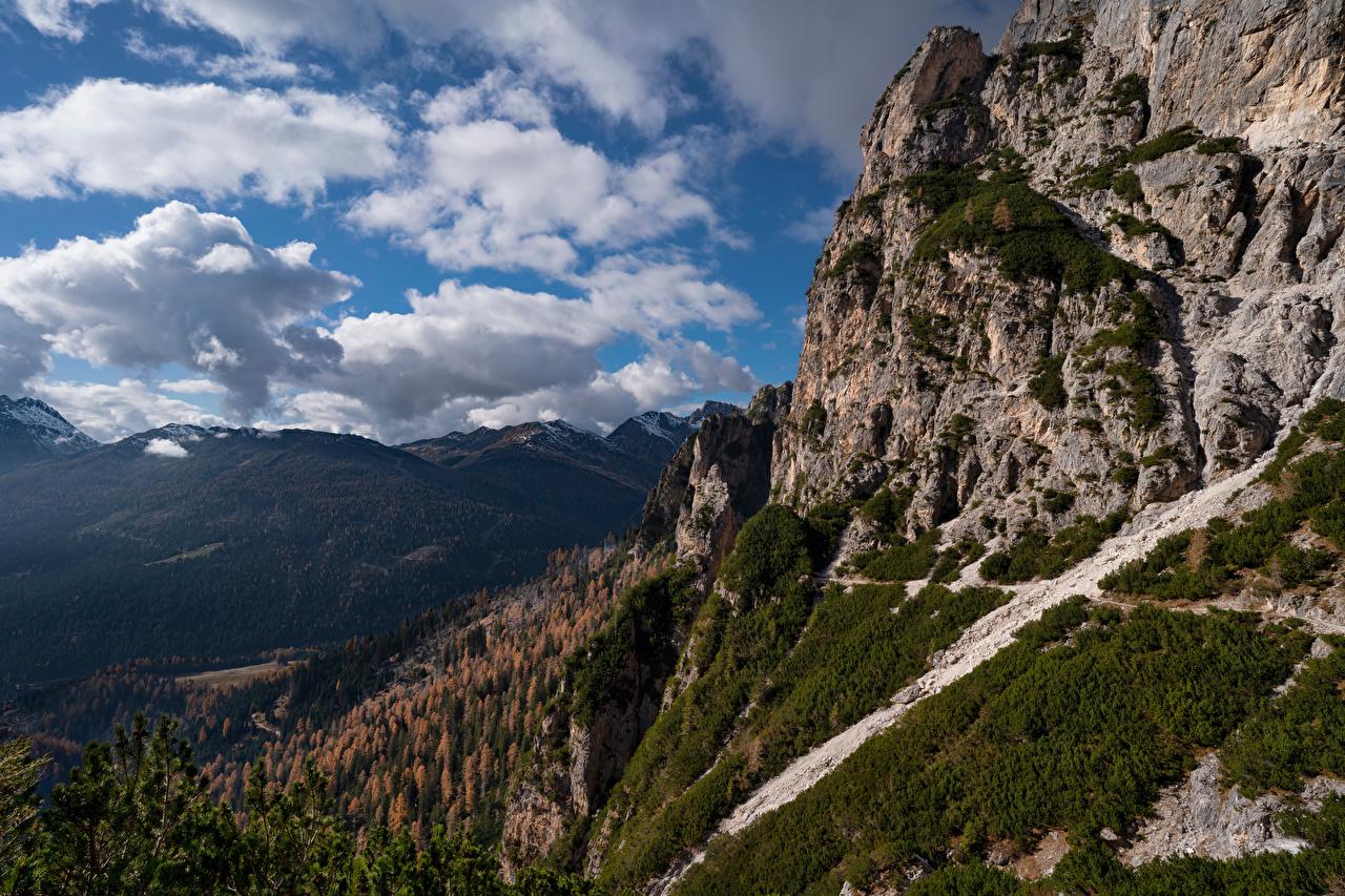 Картинка Италия Dolomites, South Tyrol Горы Скала Природа облачно гора Утес скале скалы Облака облако