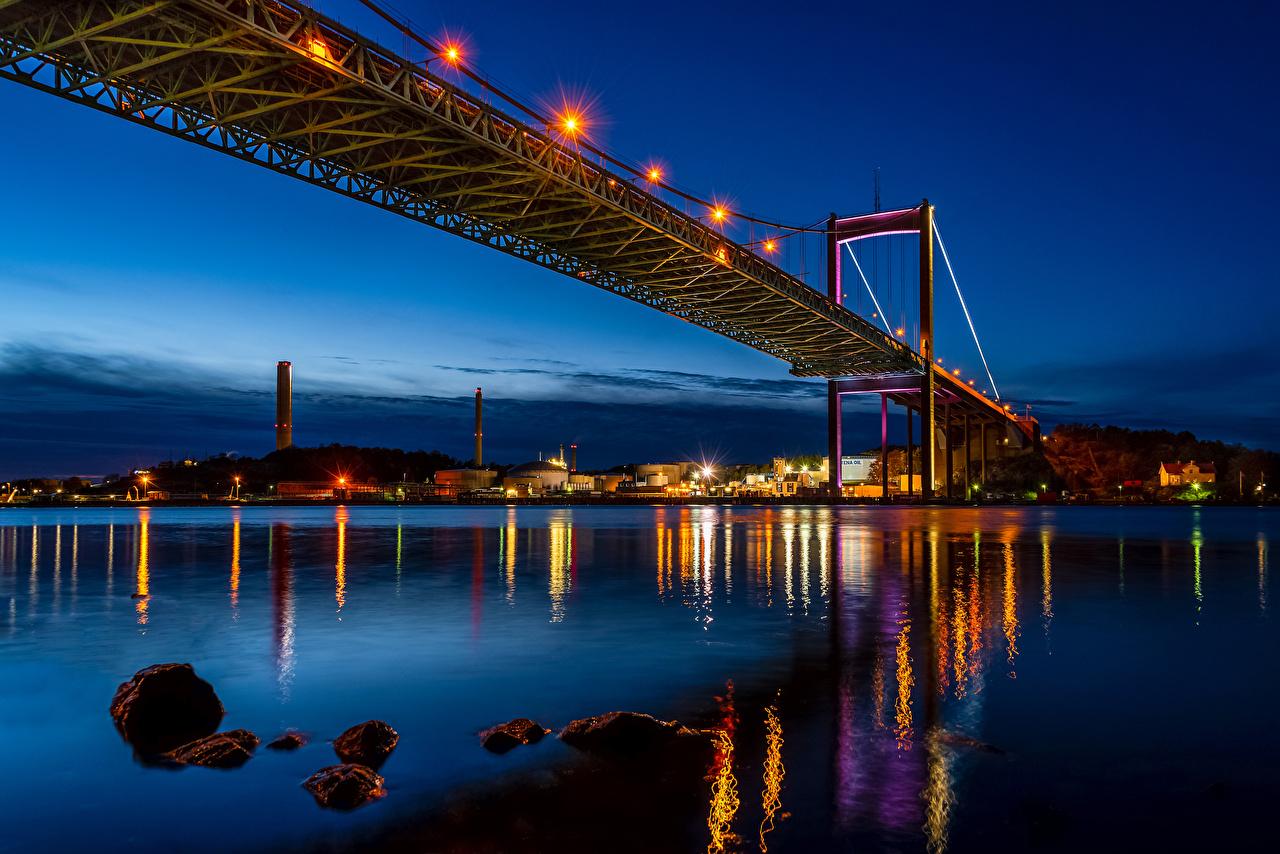 Фотография Швеция Gothenburg Мосты Ночь речка Уличные фонари Дома Города Реки Ночные Здания