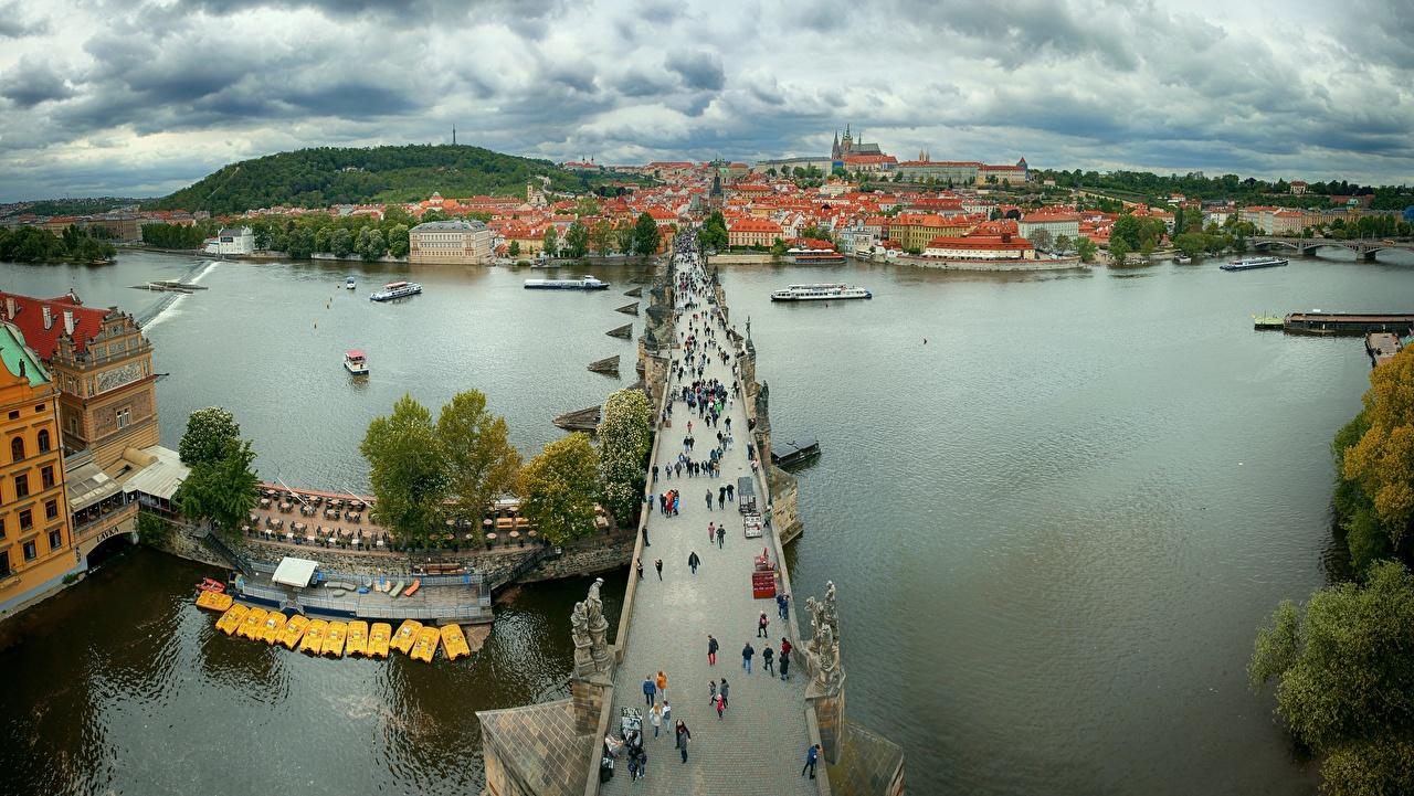 Фото Прага Чехия Charles bridge, Vltava мост река Сверху Города Мосты Реки речка город