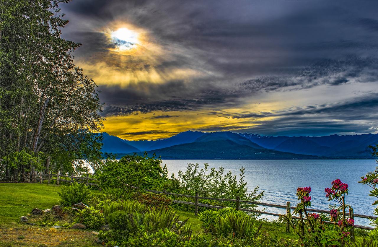 Обои для рабочего стола Вашингтон америка Seabeck State Park Природа Небо Парки Реки кустов Облака США штаты парк река речка Кусты облако облачно
