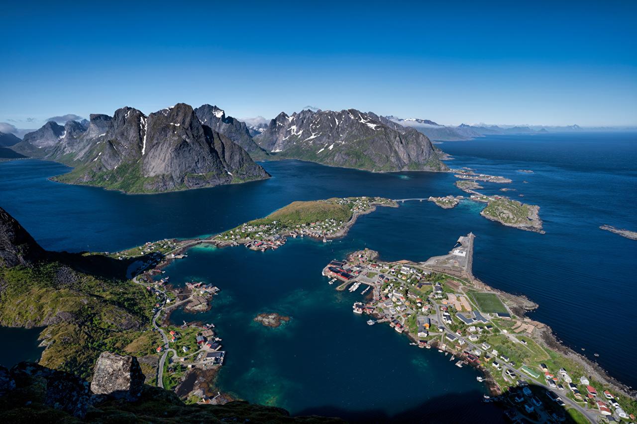 Картинка Лофотенские острова Норвегия Reine гора Природа Сверху Горы