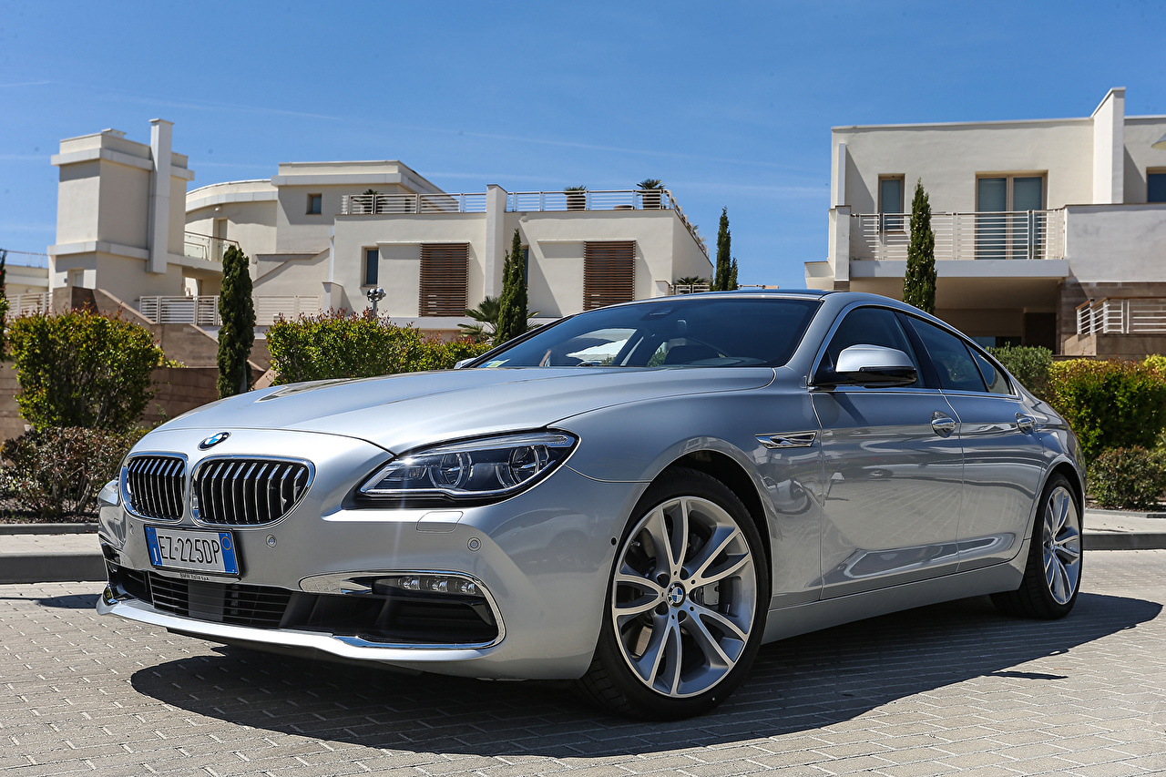 Картинка БМВ 2015 640d xDrive Gran Coupe F06 серебристая машина BMW серебряный серебряная Серебристый авто машины Автомобили автомобиль