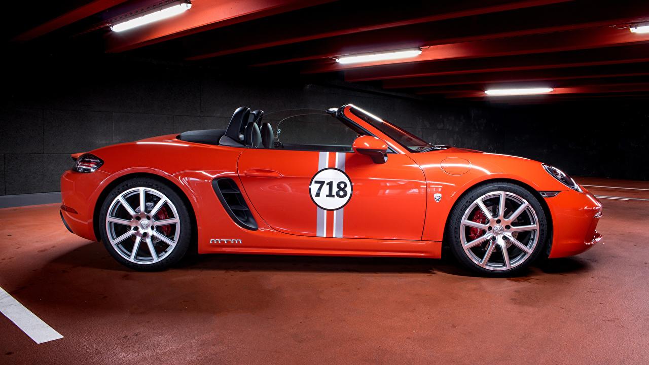 Фото Порше 2017 MTM 718 Boxster Родстер Оранжевый Сбоку Металлик автомобиль Porsche оранжевых оранжевые оранжевая авто машина машины Автомобили
