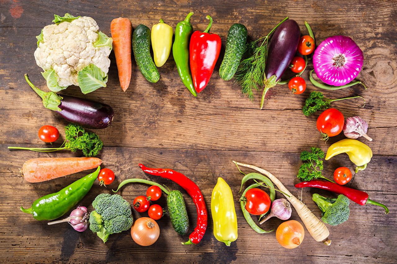 Фотографии Томаты Огурцы Капуста Морковь Чеснок Пища Овощи Перец Помидоры морковка Еда перец овощной Продукты питания