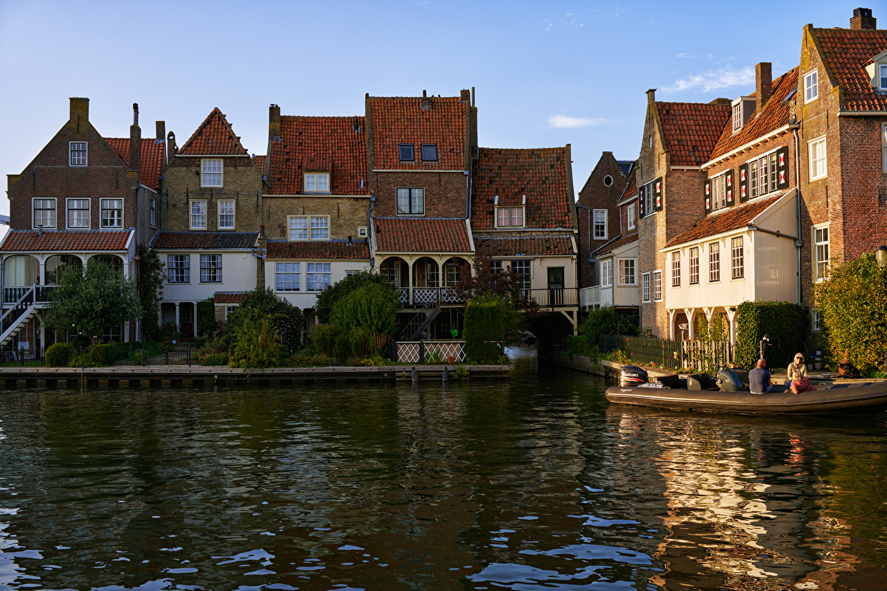 Фотография голландия Enkhuizen Водный канал Причалы Здания Города Нидерланды Пирсы Пристань Дома город