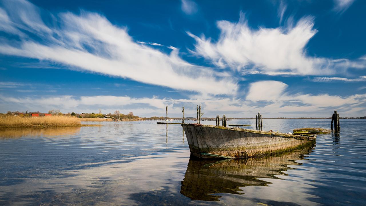 Обои для рабочего стола Германия Rügen Море Природа Небо Лодки Облака облако облачно