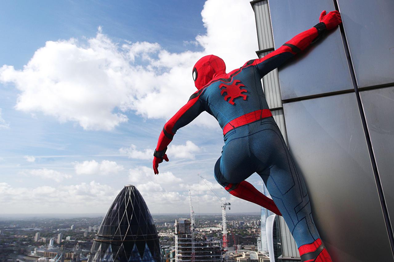 Фото Человек-паук: Возвращение домой Герои комиксов Человек паук герой кино супергерои Фильмы