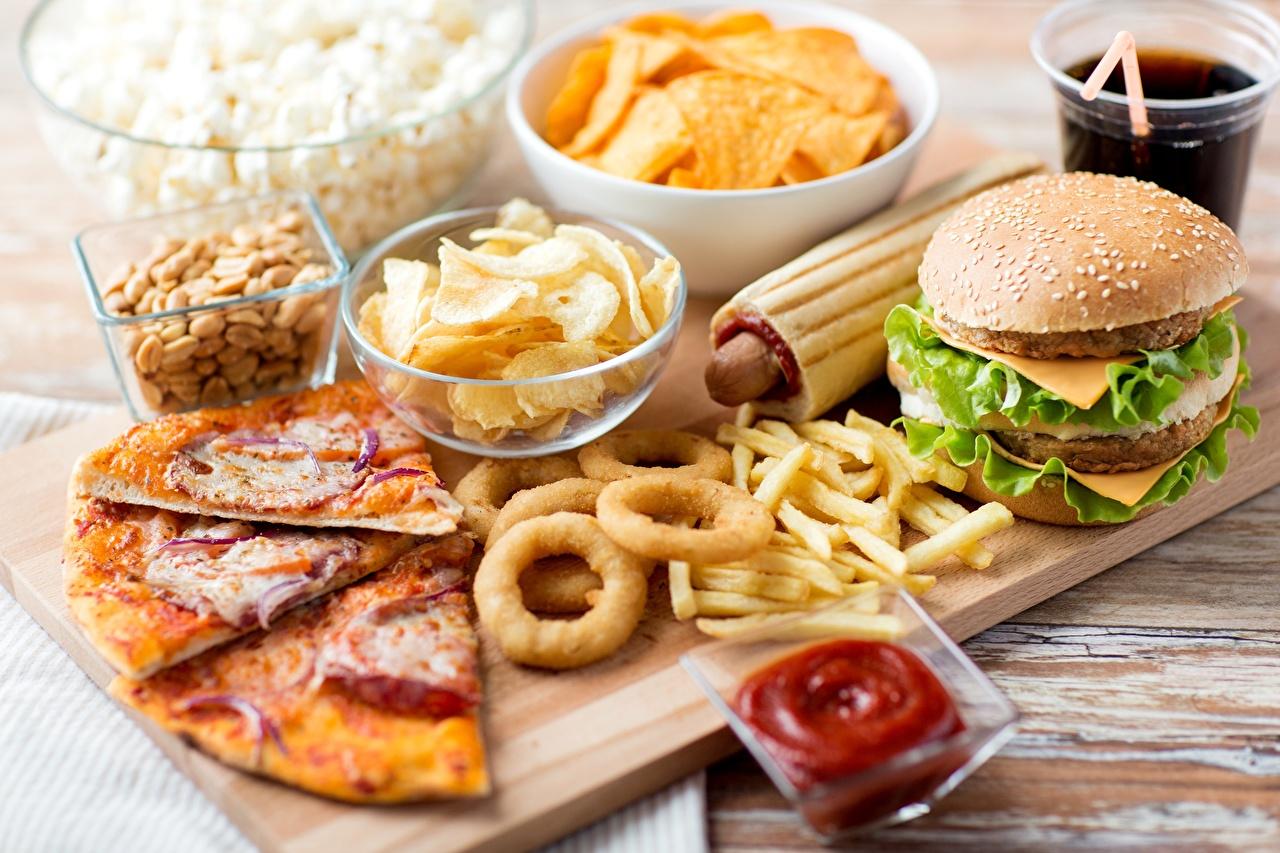 Картинка Пицца Гамбургер Картофель фри кетчупом Быстрое питание Еда Кетчуп кетчупа Фастфуд Пища Продукты питания