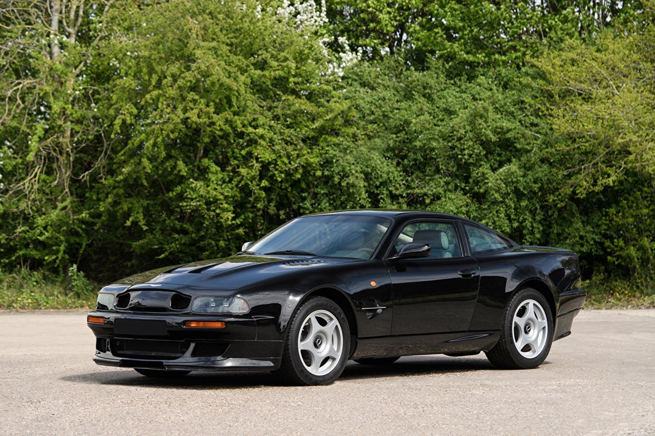 Картинки Астон мартин 1999-2000 V8 Vantage Le Mans V600 LHD черных авто Металлик Aston Martin Черный черные черная машина машины автомобиль Автомобили