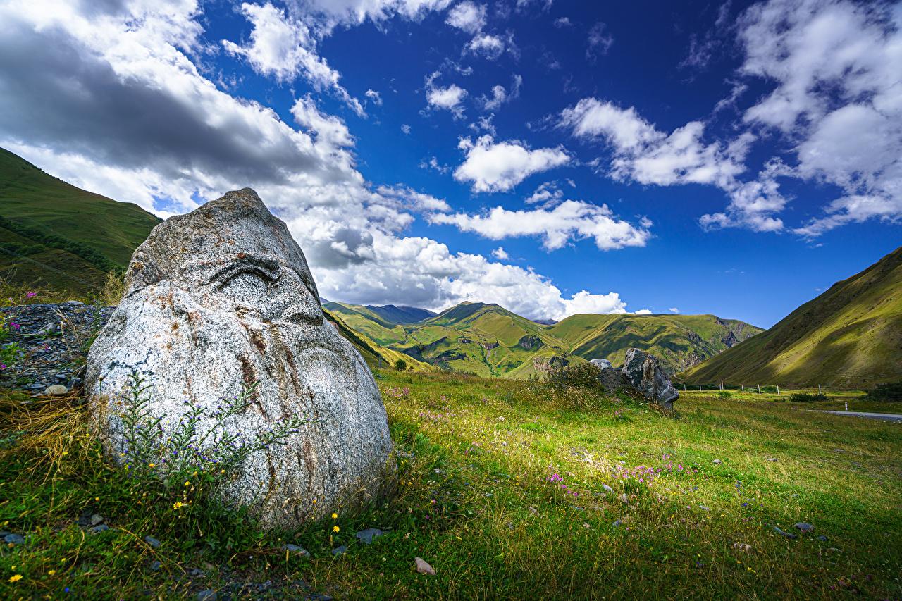 Фото Грузия Upper Svaneti, Sno Горы Природа Небо Луга Камни Облака гора Камень облако облачно