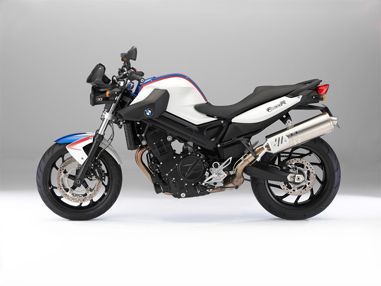 Картинки БМВ F 800 R, 2009–11 белая мотоцикл Сбоку BMW - Мотоциклы Белый белые белых Мотоциклы