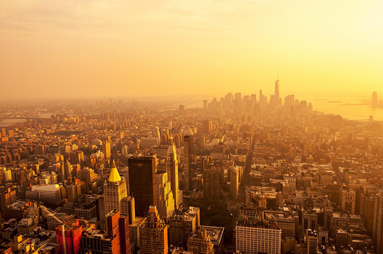 Картинки Нью-Йорк Манхэттен штаты мегаполиса Рассветы и закаты Небоскребы Дома город США америка Мегаполис рассвет и закат Города Здания