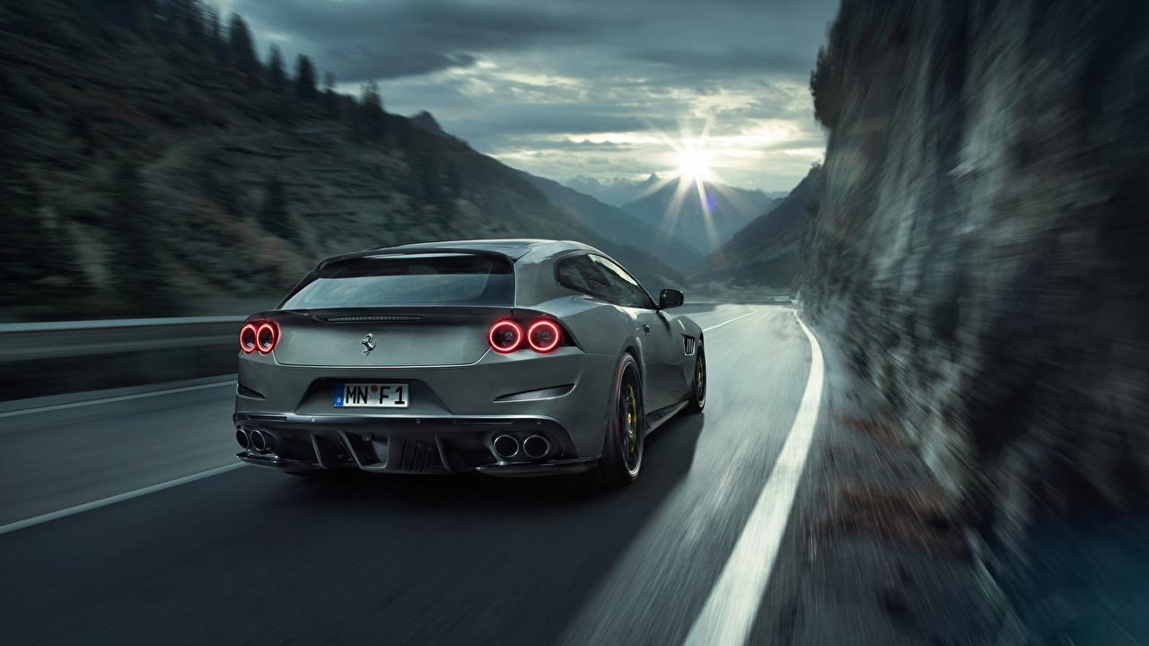 Картинки Ferrari GTC4Lusso Novitec Rosso 2017 серая едущая вид сзади Автомобили Феррари серые Серый едет едущий Движение скорость авто Сзади машина машины автомобиль