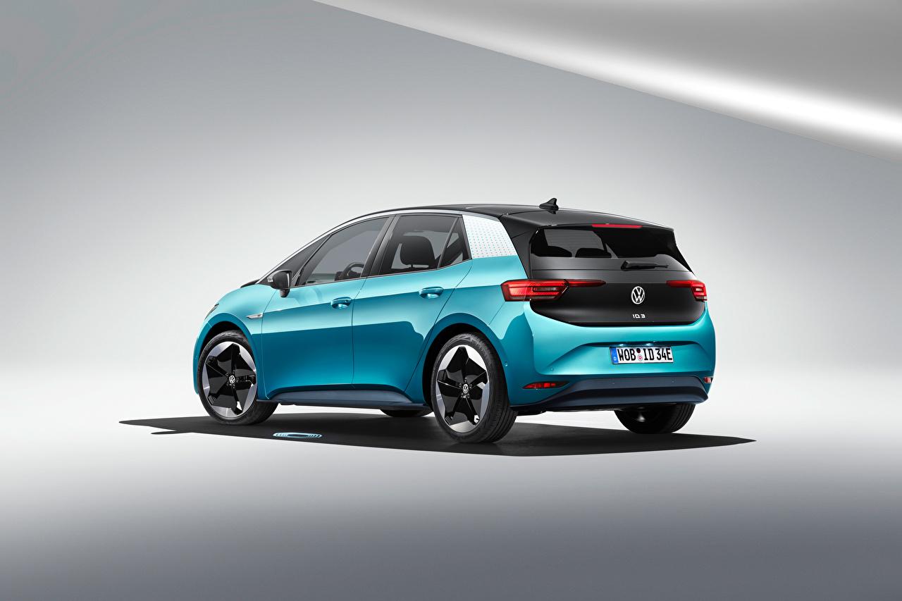 Фотографии Volkswagen ID.3 1ST Worldwide, 2020 Голубой машина Металлик Фольксваген голубая голубые голубых авто машины Автомобили автомобиль