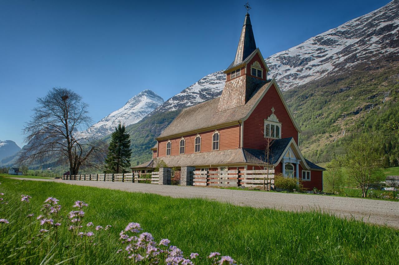 Фотографии Церковь Норвегия Olden Горы Природа Дороги гора