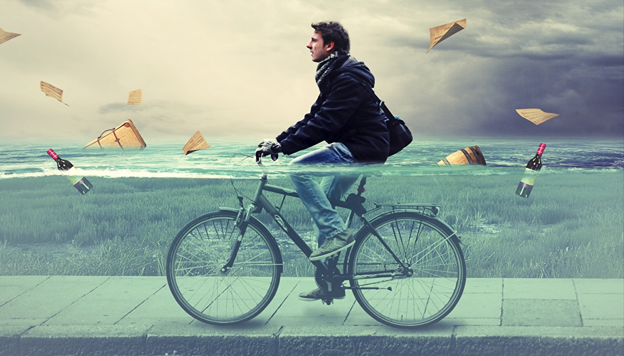 Фото Мужчины Велосипед воде мужчина велосипеды велосипеде Вода