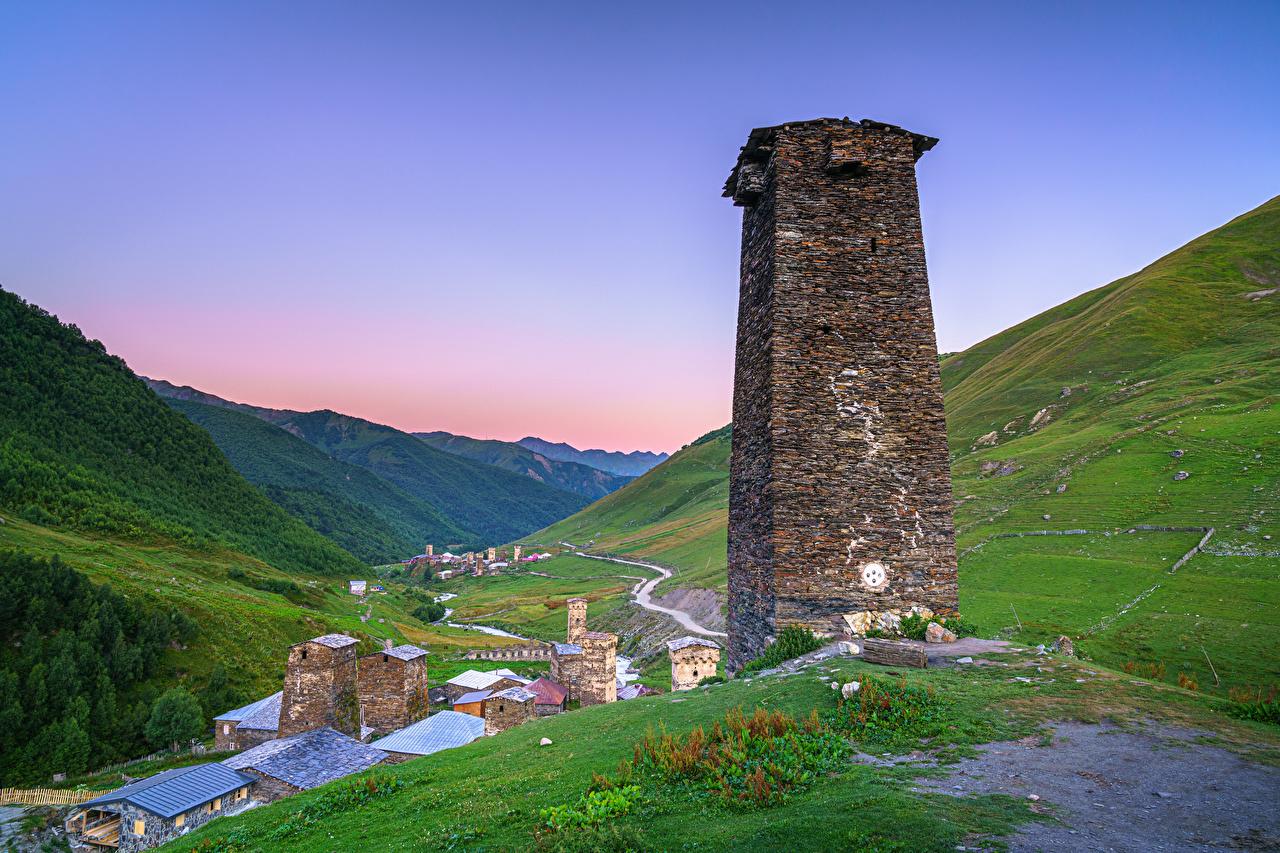 Картинка Грузия Башня Ushguli, Upper Svaneti Долина Горы Природа башни гора