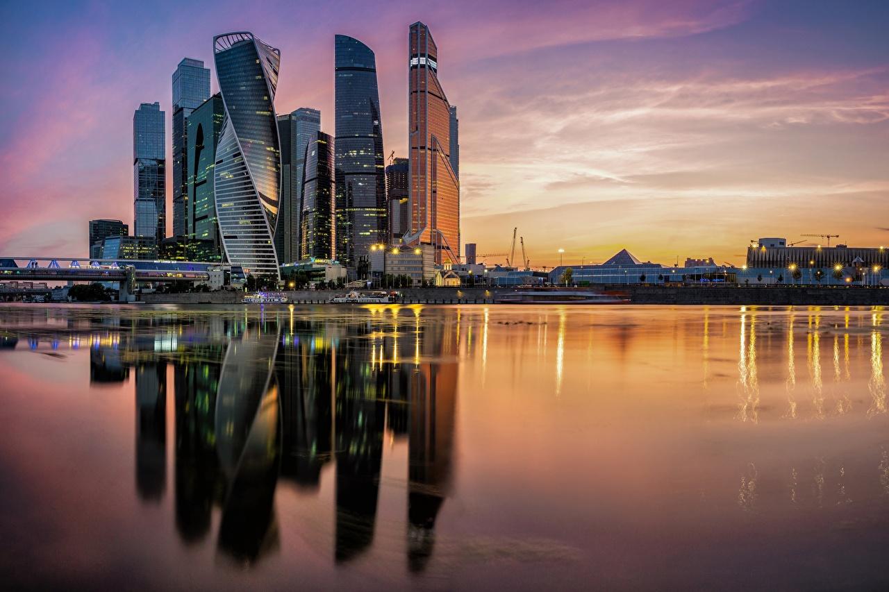 Фотография Москва Россия Moscow City Отражение река Вечер Города отражении отражается Реки речка город